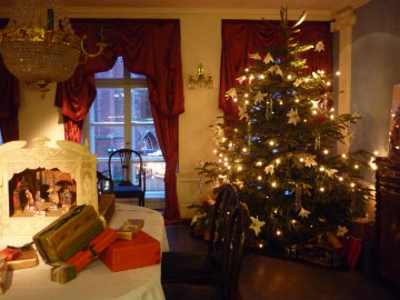 manage chronic pain at Christmas